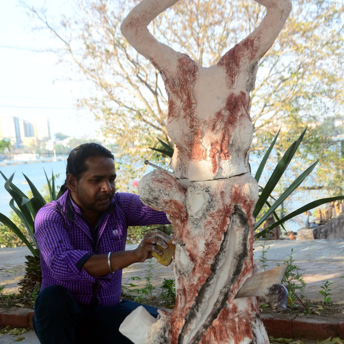 Bhopal: Ceramic Jhumuk Das Manikpuri artist's Nirbhayas, nature speaks audibly