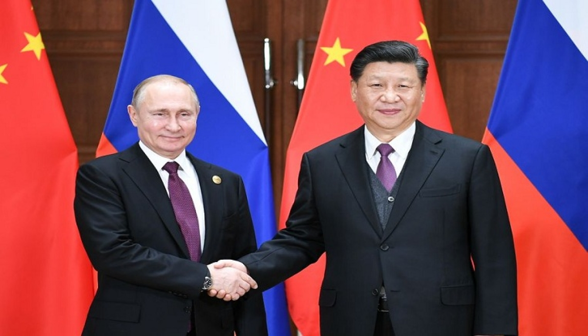 File photo shows Chinese President Xi Jinping (R) holding talks with his Russian counterpart Vladimir Putin in Beijing, capital of China, April 26, 2019.