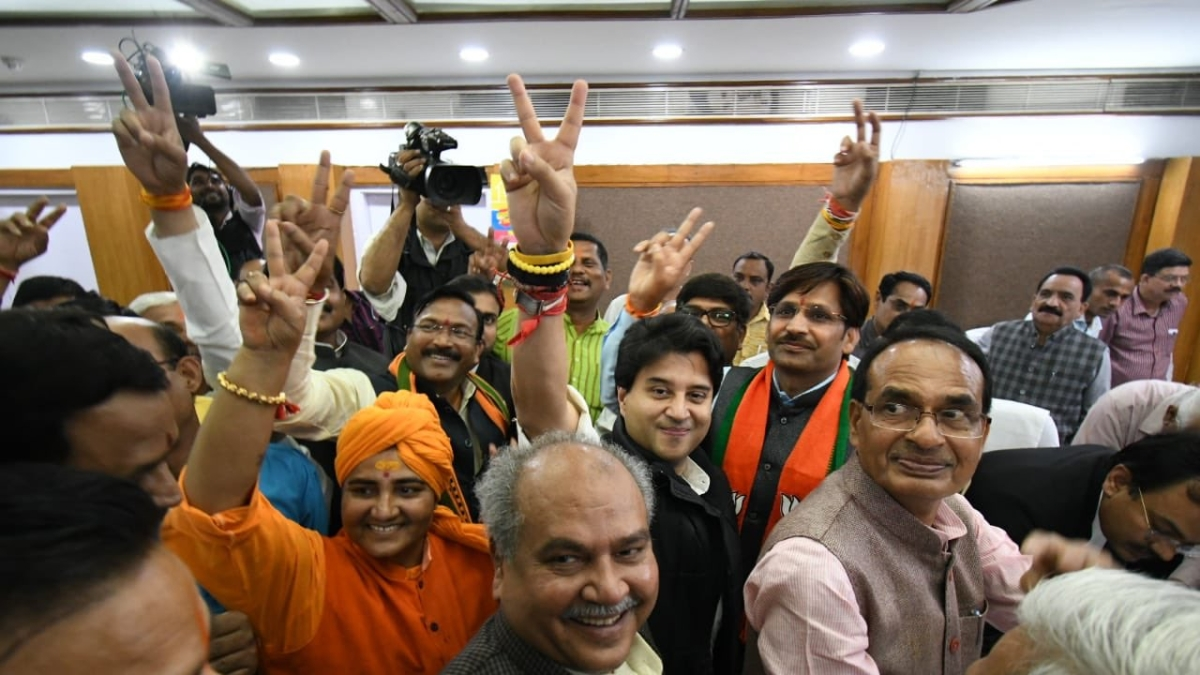 Sumer Singh Solanki along with BJP Leaders.
