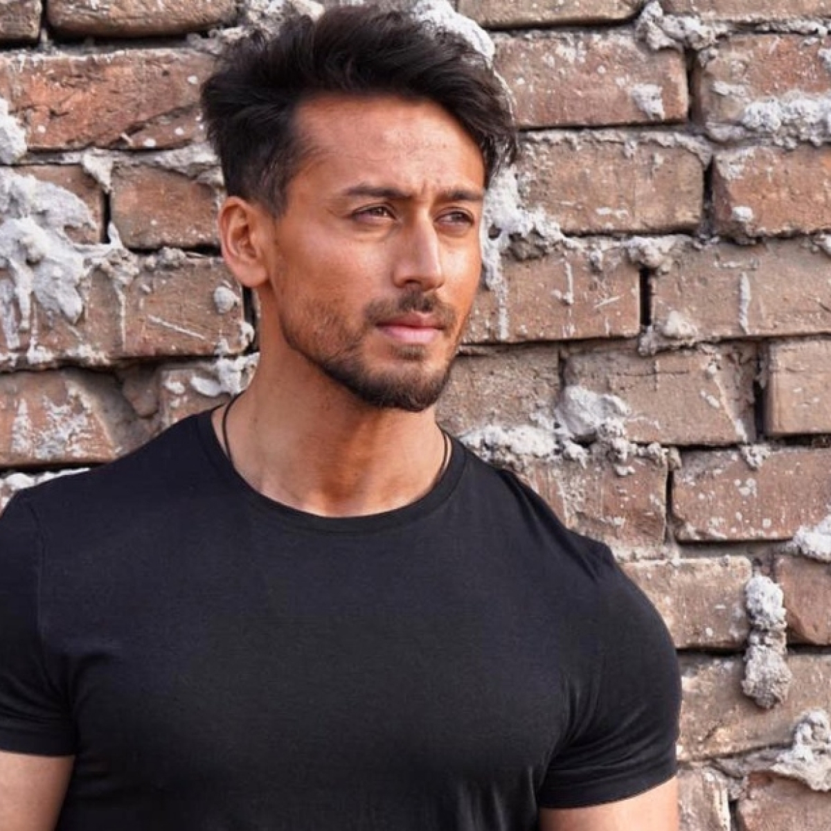 Tiger Shroff flaunts gymnastics skills in 'old training footage', says 'I remember puking after every session'