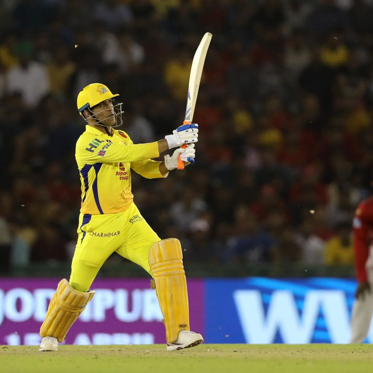 "Badminton star Kidambi Srikanth looks forward to see MS Dhoni ""play again"" in IPL 2020"