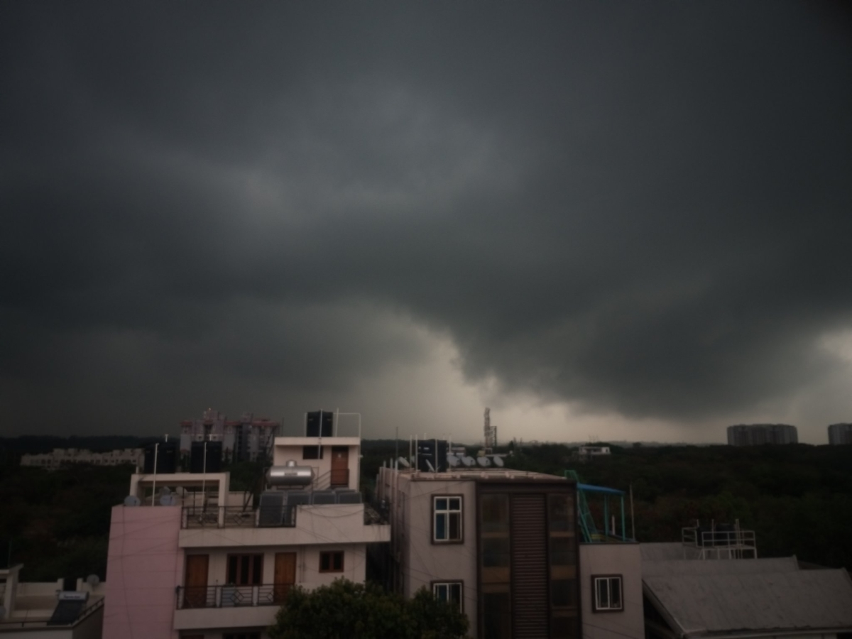 In pics: Pleasant showers in Bengaluru takes Bangalorean's minds off COVID-19