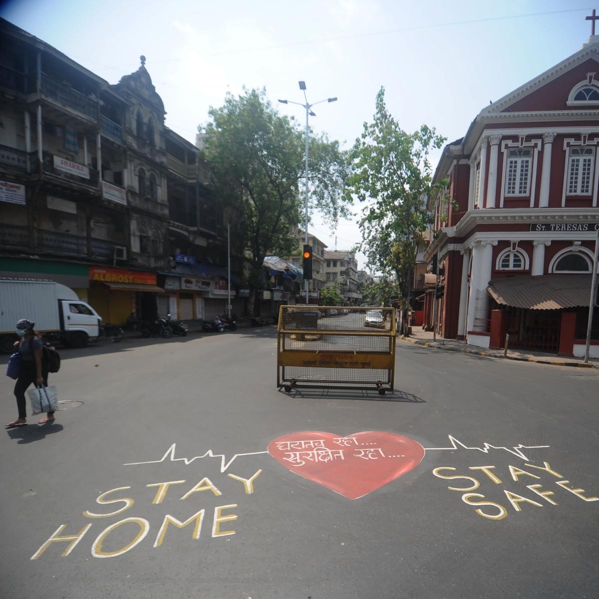 In Pics: Mumbai under coronavirus lockdown -- here's how the city looked on Monday