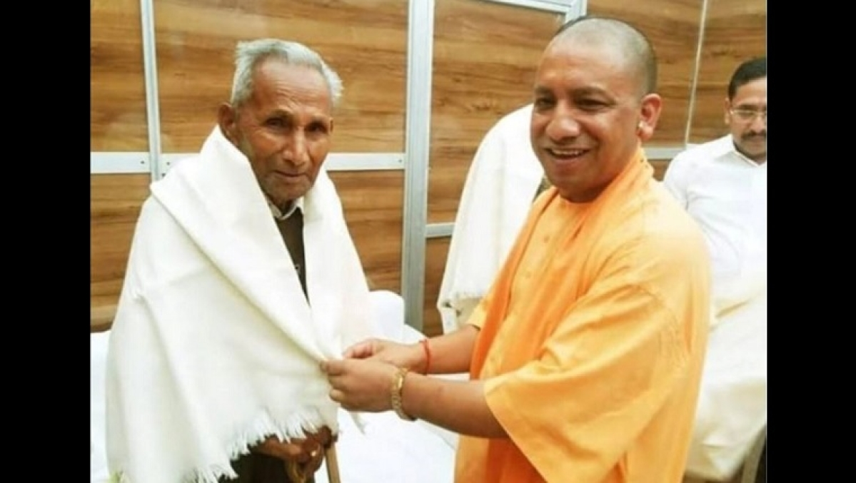 Yogi puts duty over self, Twitter hails UP CM for not performing father's last rites amid coronavirus lockdown