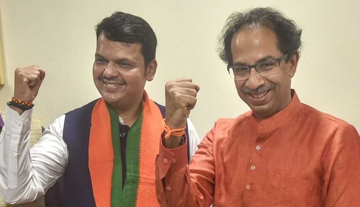 'No lockdowns for rich and mighty in Maharashtra?': Fadnavis slams Uddhav over Wadhawans' trip to Mahabaleshwar