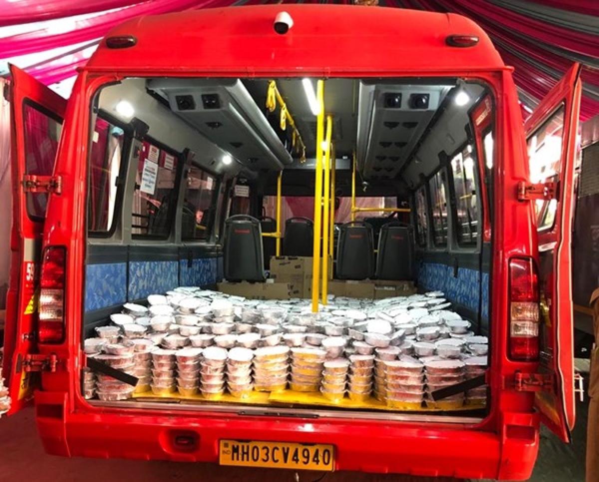 Coronavirus in Mumbai: Putting to BEST use, buses ferry staples to quarantined areas