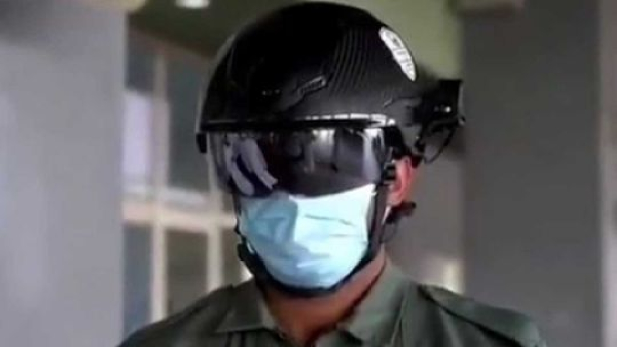 UAE uses smart helmets to detect high body temperature amid coronavirus pandemic
