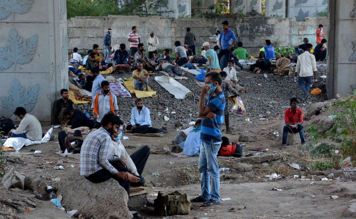 Bhopal: Five migrant labourers killed, 13 hurt as truck overturns