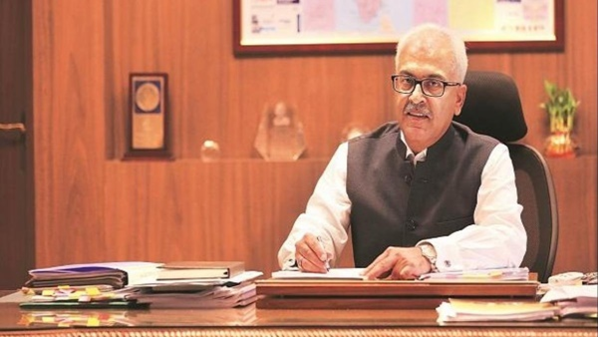 Union Home Secretary writes to states, UTs to ensure compliance of new guidelines for extended lockdown