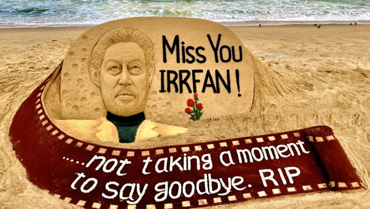 Irrfan Khan's Death: Sudarsan Pattnaik pays tribute to actor with sand-art rendition