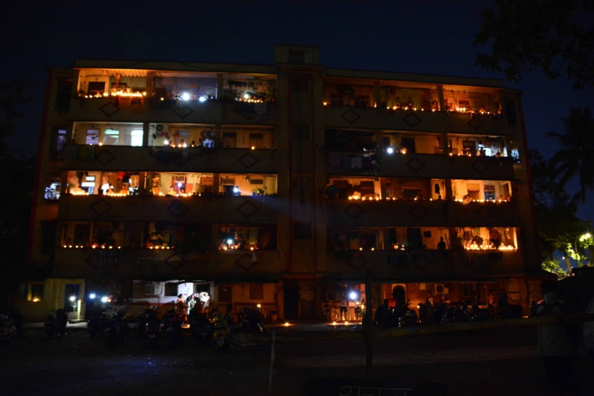 In Pics: How Mumbai lit diyas and candles observing PM Modi's 9 baje 9 minutes appeal