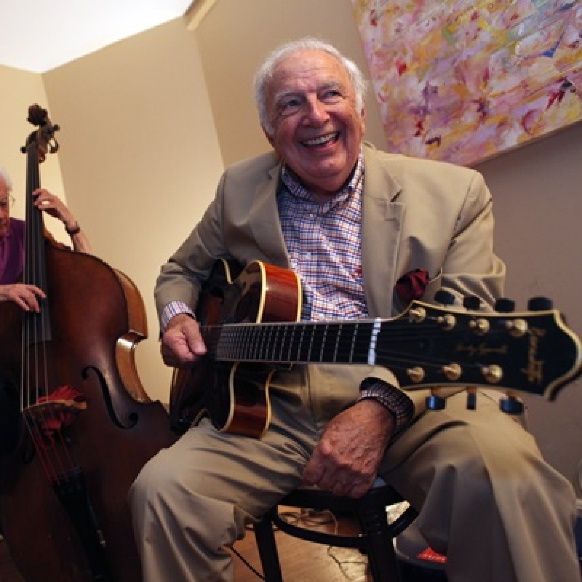Jazz guitarist Bucky Pizzarelli dies at 94 due to coronavirus