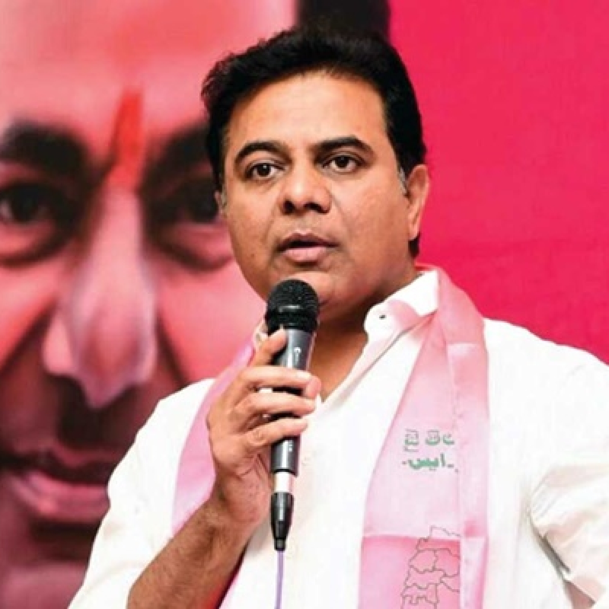 'Don't want claps and flowers, need self-respect and dignified salaries', tweets Telangana doctor; minister KT Rama Rao responds