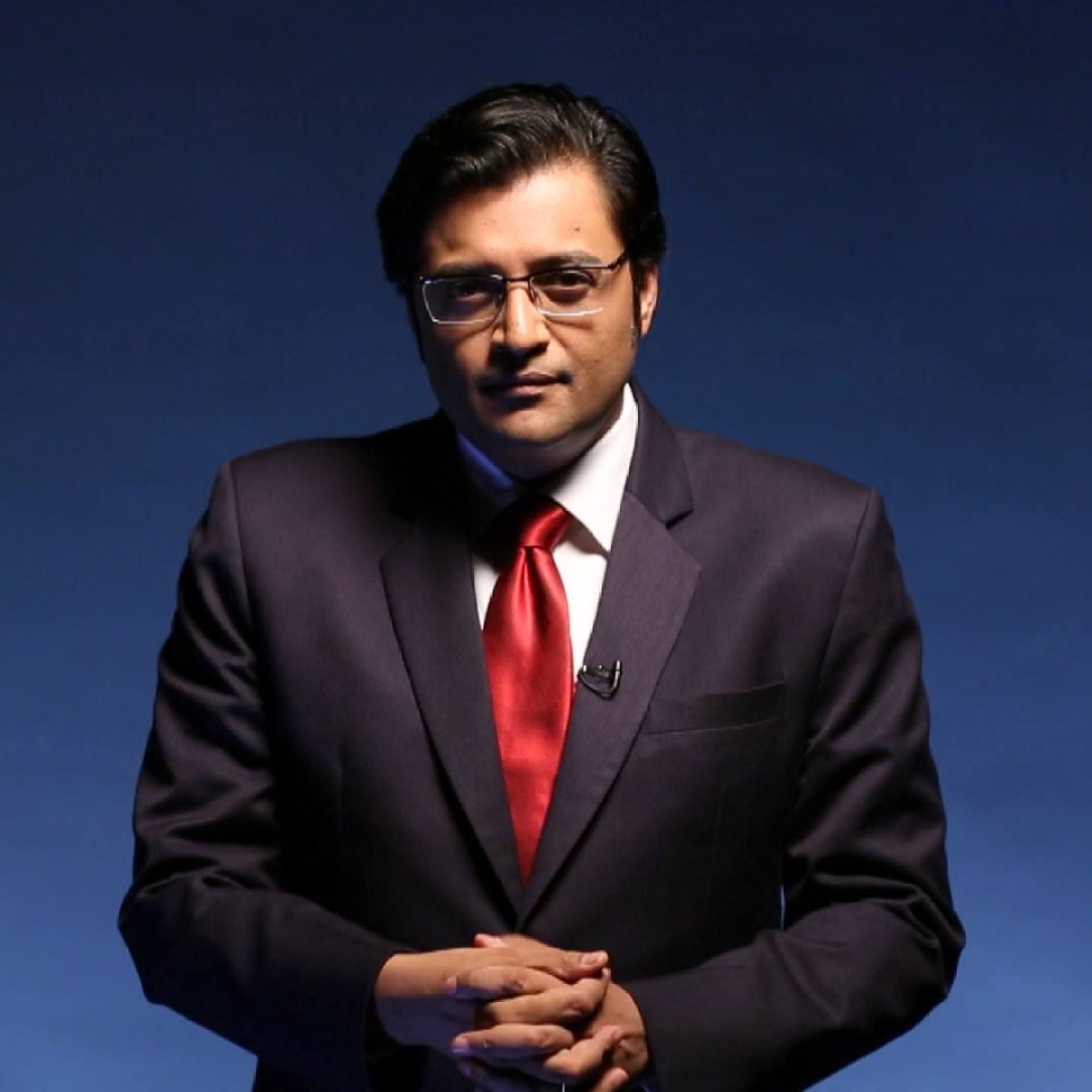 Mumbai Police summons Republic TV's Arnab Goswami to appear before them today