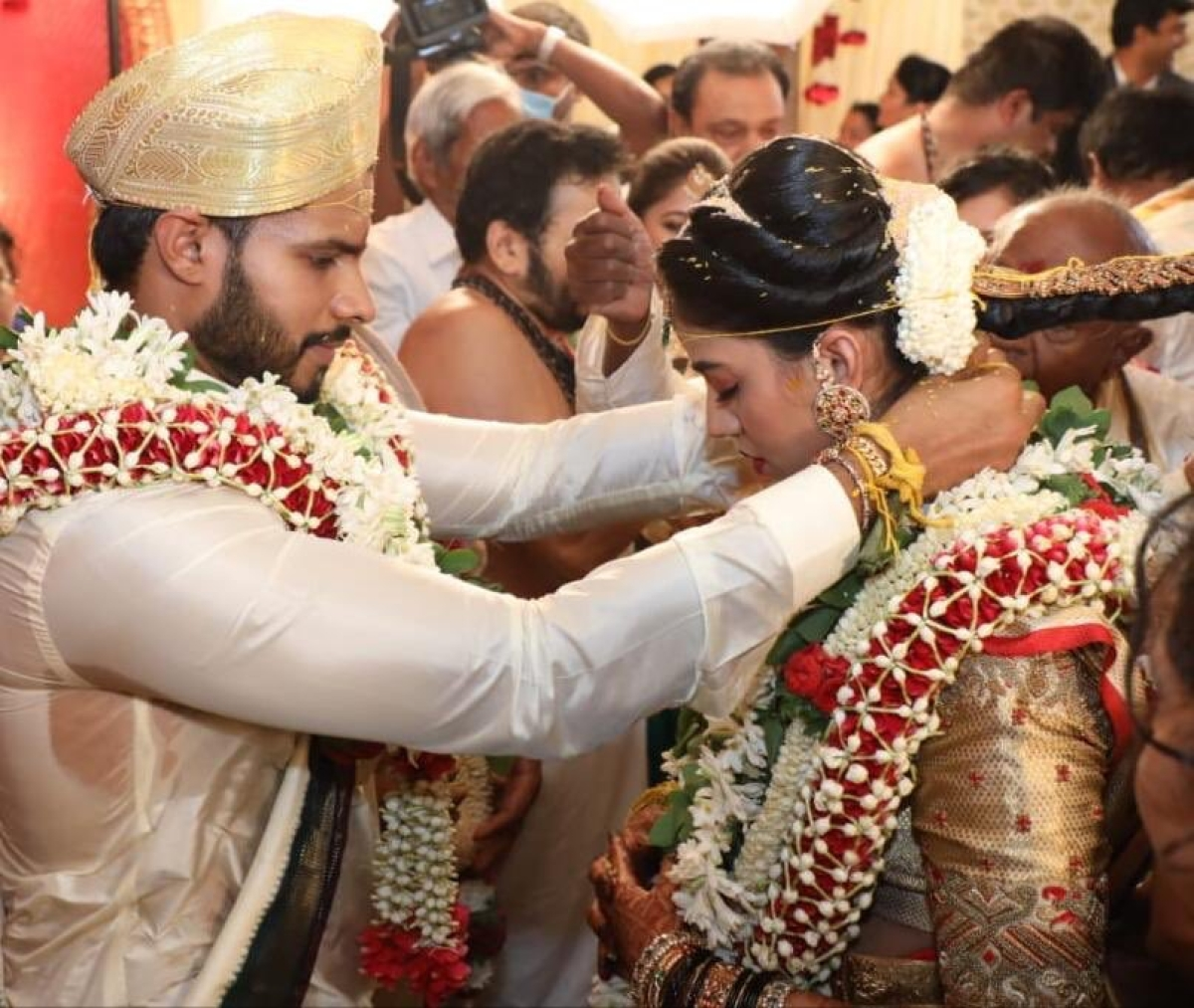 Some animals more equal? HD Kumaraswamy's son ties the knot amid coronavirus lockdown