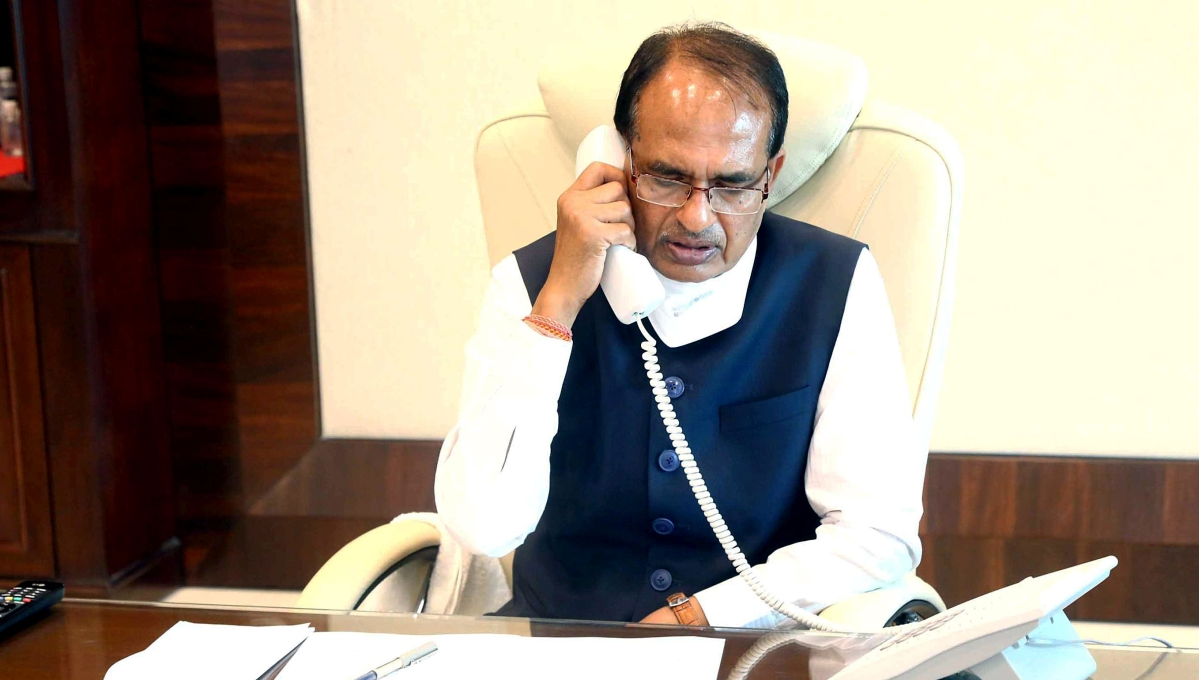 Stone pelting in Indore: Shivraj Singh Chouhan gives stern warning, says 'human rights only for humans'