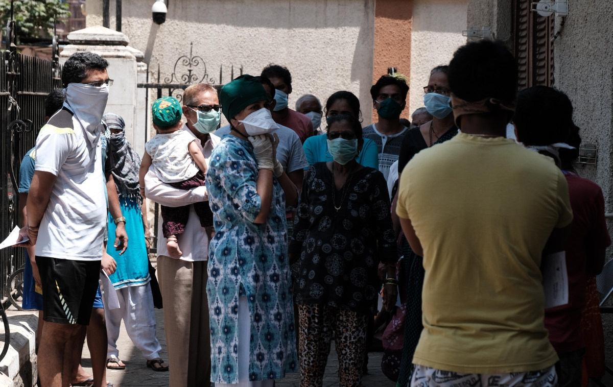 Uttarakhand Govt enforces fine of Rs 5,000, jail for 6 months for not wearing masks in public places