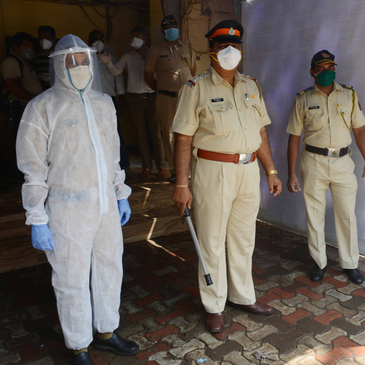 Coronavirus in Mumbai: After GPS alert, four booked for defying quarantine in Mira Road
