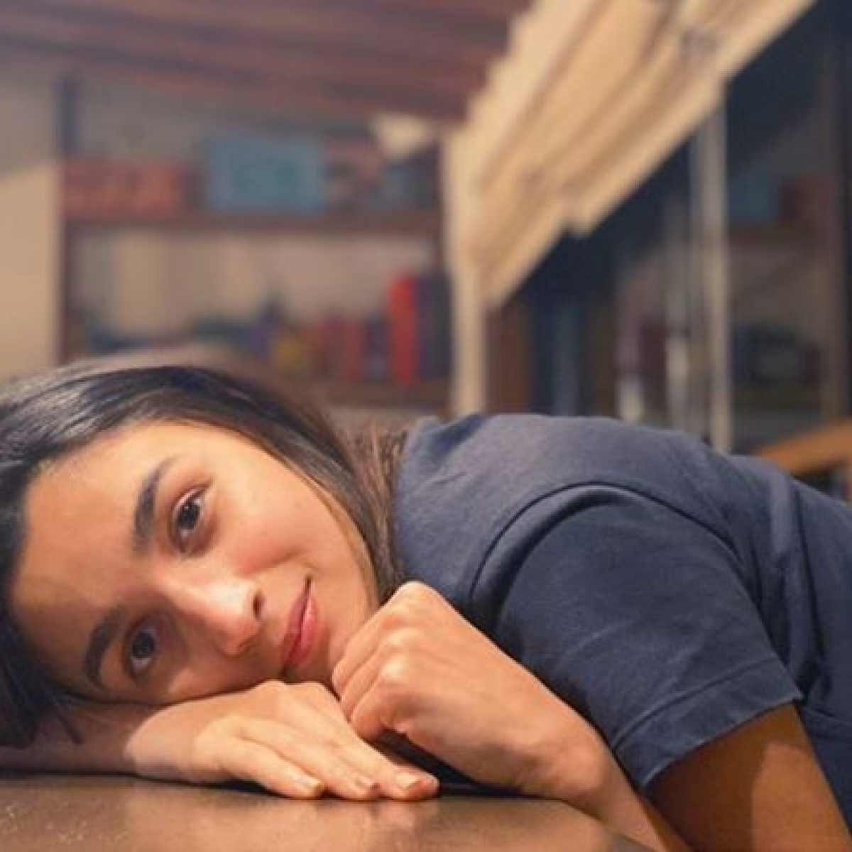 Alia Bhatt slays lockdown blues with no make-up glow