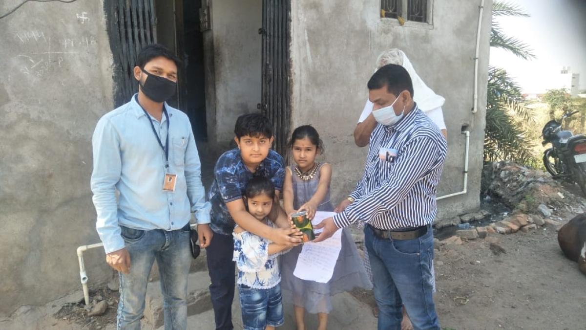 Mahima Donating the amount
