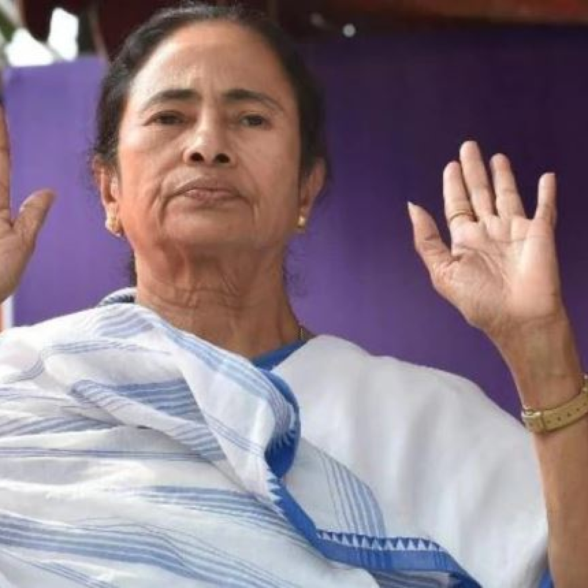 'Irony just died a thousand deaths': Twitter criticises Mamata Banerjee over post calling media 'fourth pillar' of democracy