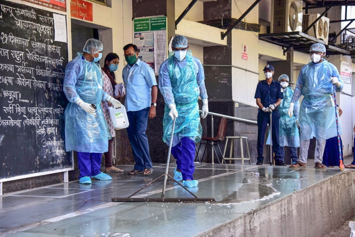 Coronavirus in Mumbai: Hinduja, Bhatia, Breach Candy Hospitals report cases; exposed staffers quarantined