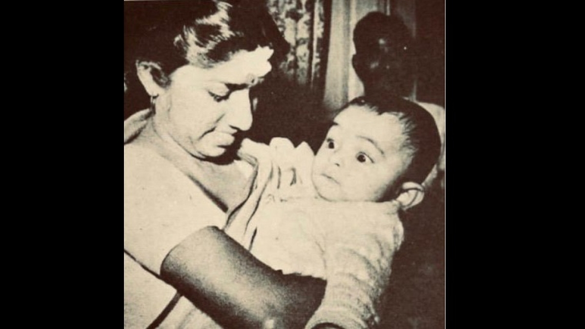 Rishi Kapoor's Death: Lata Mangeshkar pays emotional tribute to late actor with a throwback photo