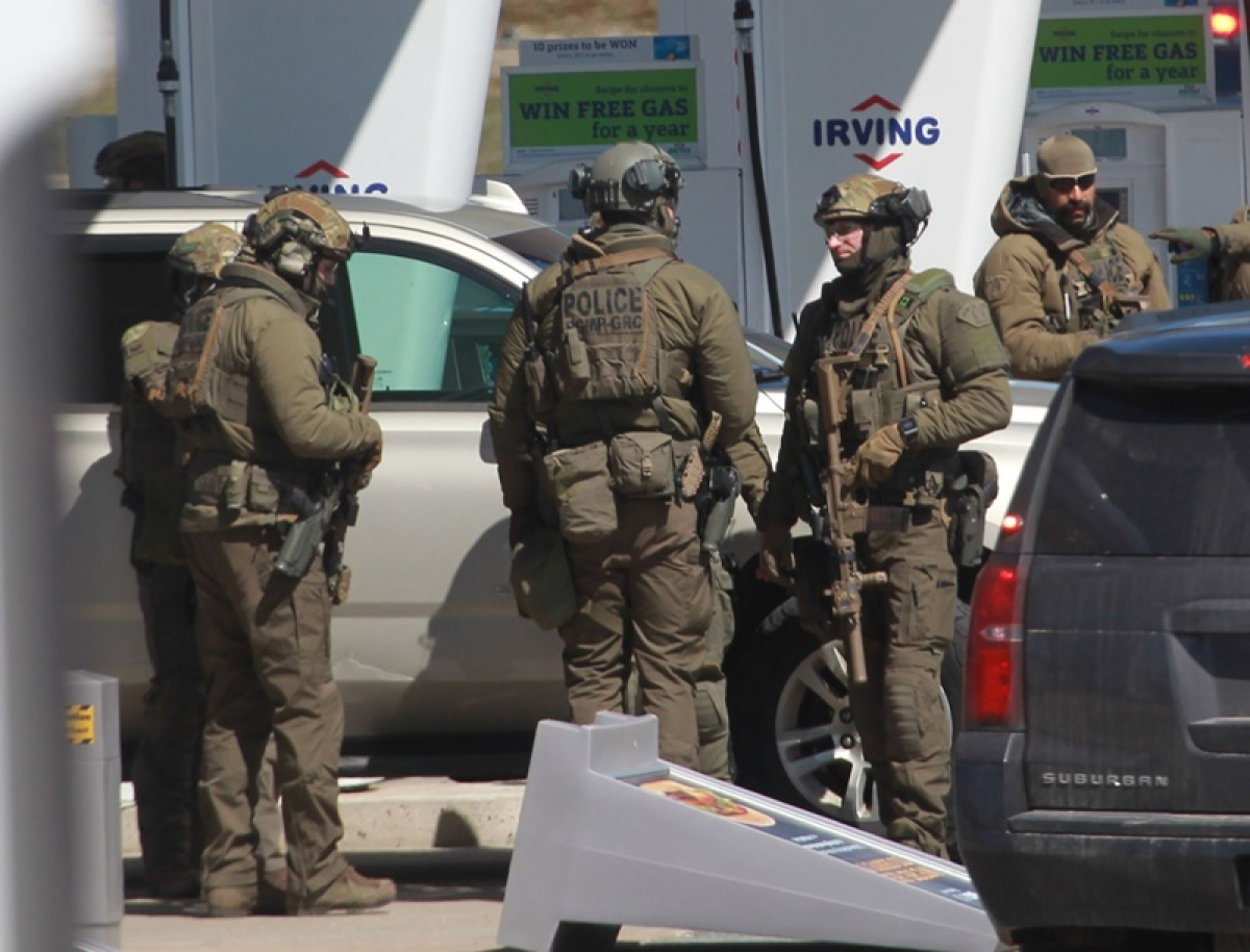 16 killed in shooting rampage