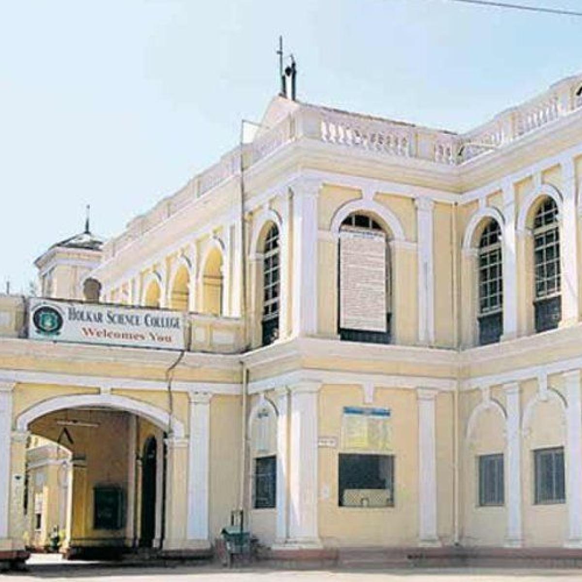 Indore: Holkar College ranks third in govt autonomous institutes in India
