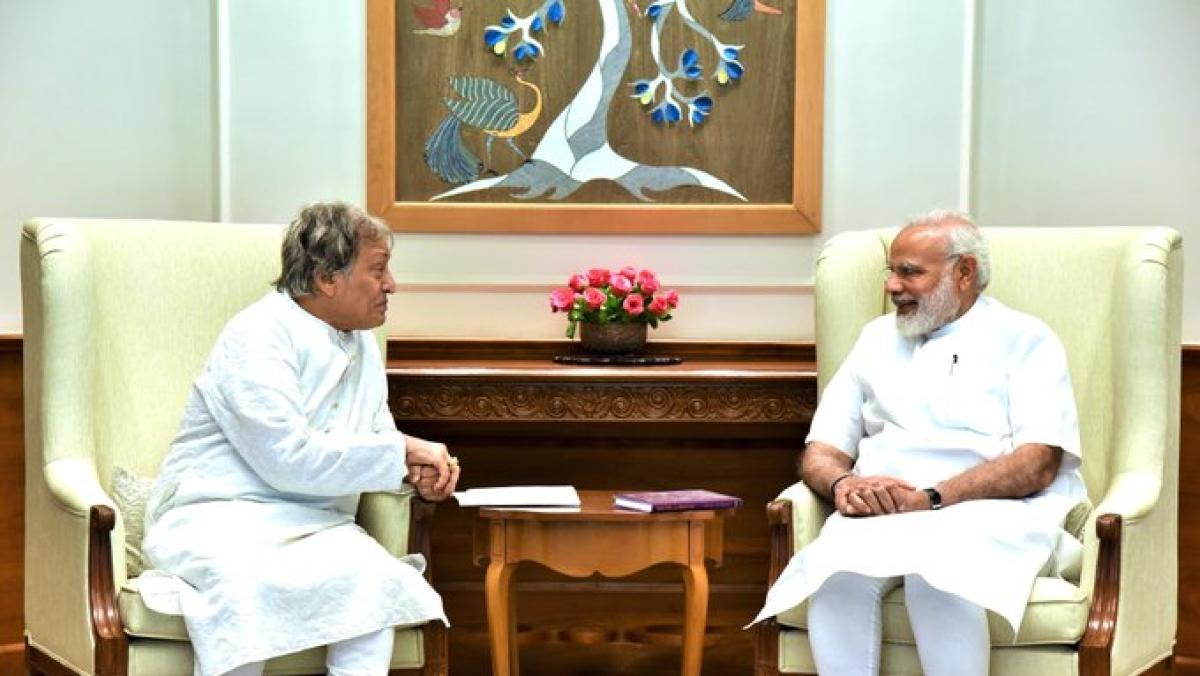 Sarod maestro Ustad Amjad Ali Khan and Prime Minister Narendra Modi