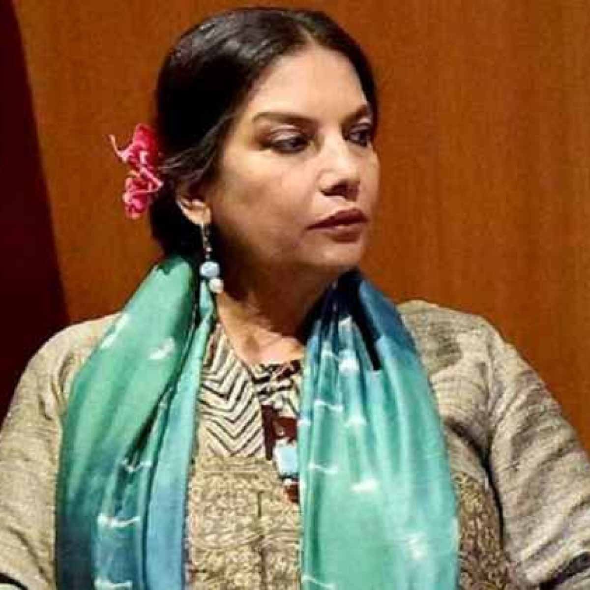 Shabana Azmi condemns attacks on doctors combating coronavirus
