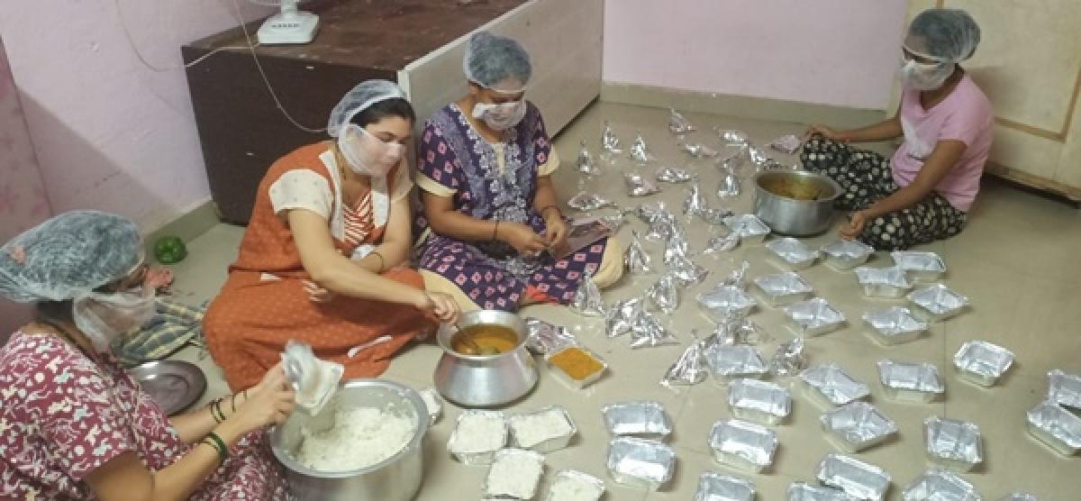In pandemic, Badlapur family turns