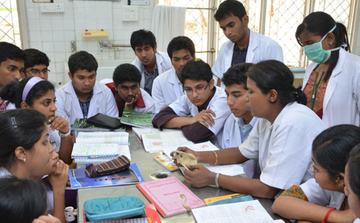 Coronavirus in Mumbai: BMC trains intern students in its fight against COVID 19