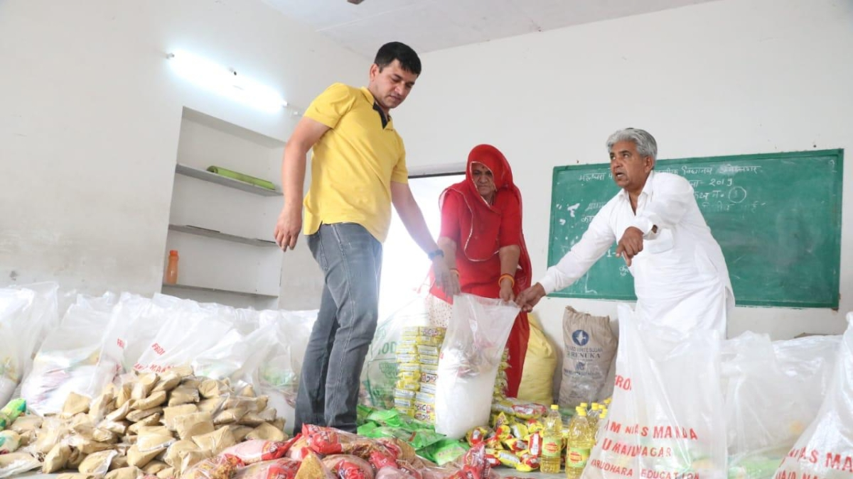 An elderly farmer couple in Jodhpur is spending their entire life's savings to provide rations to the needy during the current coronavirus crisis.