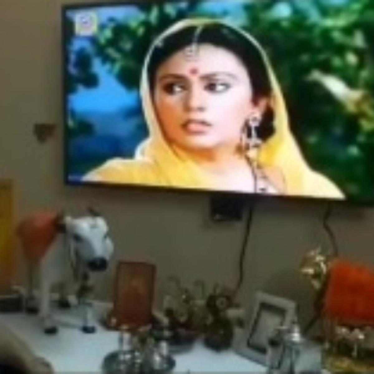 Ramayan: Watching Sita 'apaharan' scene makes 'Raavan' Arvind Trivedi emotional