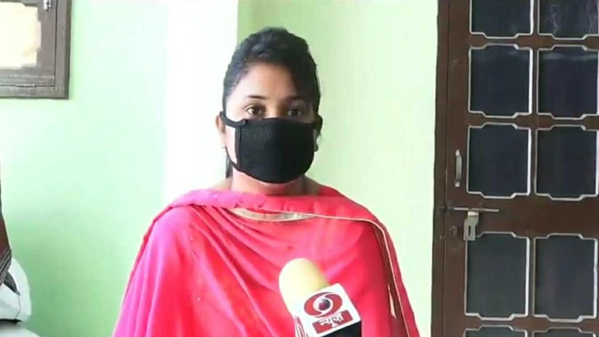 Mocked for taking Rs 500 from PM, Dalit woman slams 'beneficiary shamers'