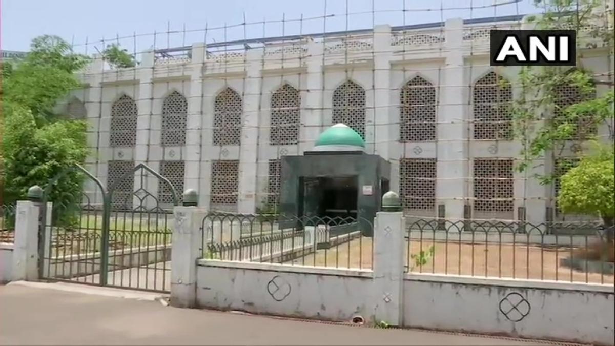 Coronavirus in Pune: Mosque located inside Azam Campus turned into quarantine facility