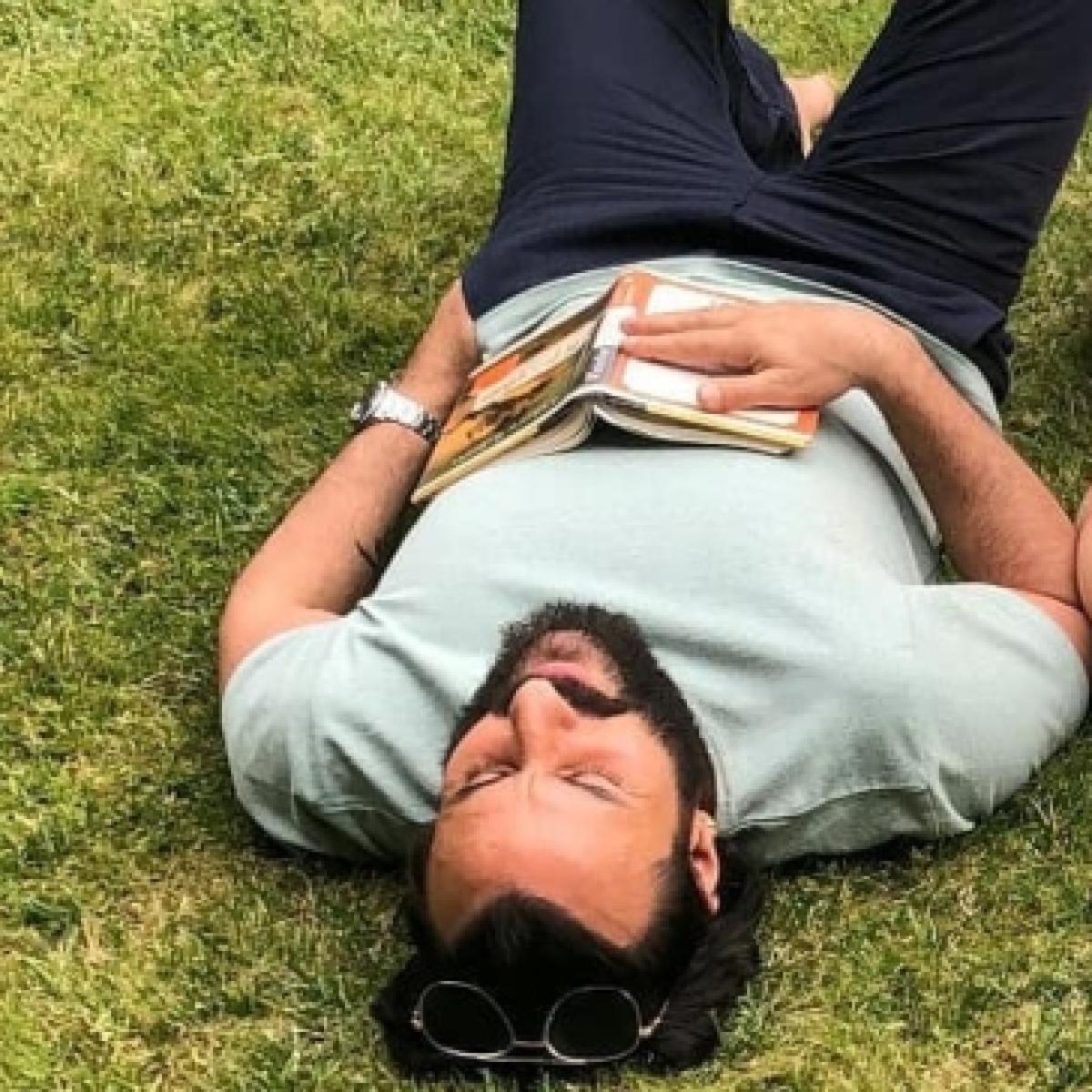 Kareena Kapoor, Saif Ali Khan 'fall asleep' while soaking in the sun amid lockdown; see pics