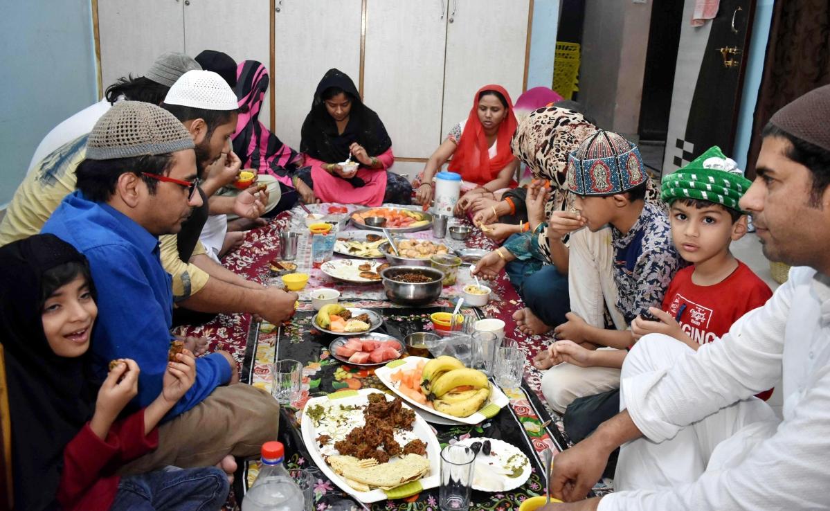 Ramadan 2020: Sehr, Iftaar timings in Kolkata, Delhi, Bengaluru, Noida, Lucknow for April 28