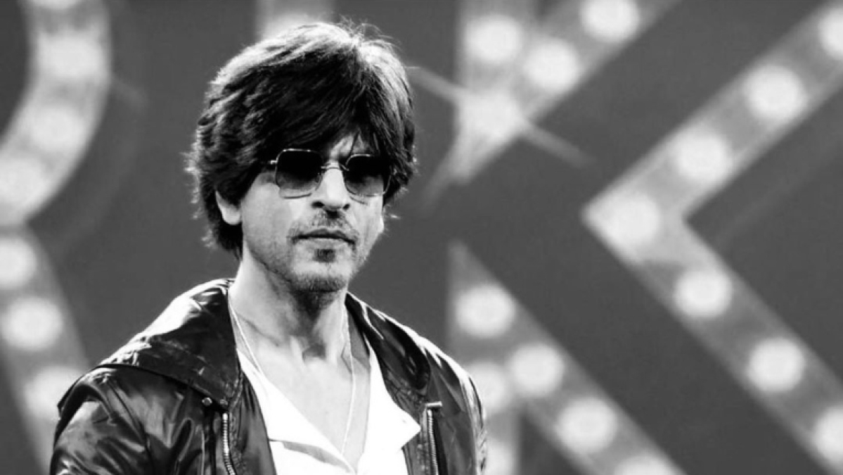 After #SRKPrideOfIndia trends on Twitter, King Khan urges fans to 'stay safe, distant and healthy'