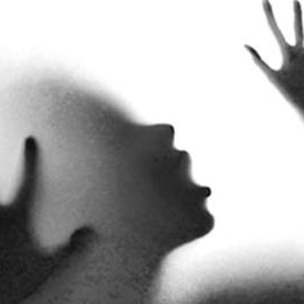 Madhya Pradesh: 7 year old girl raped, her eyes damaged by accused