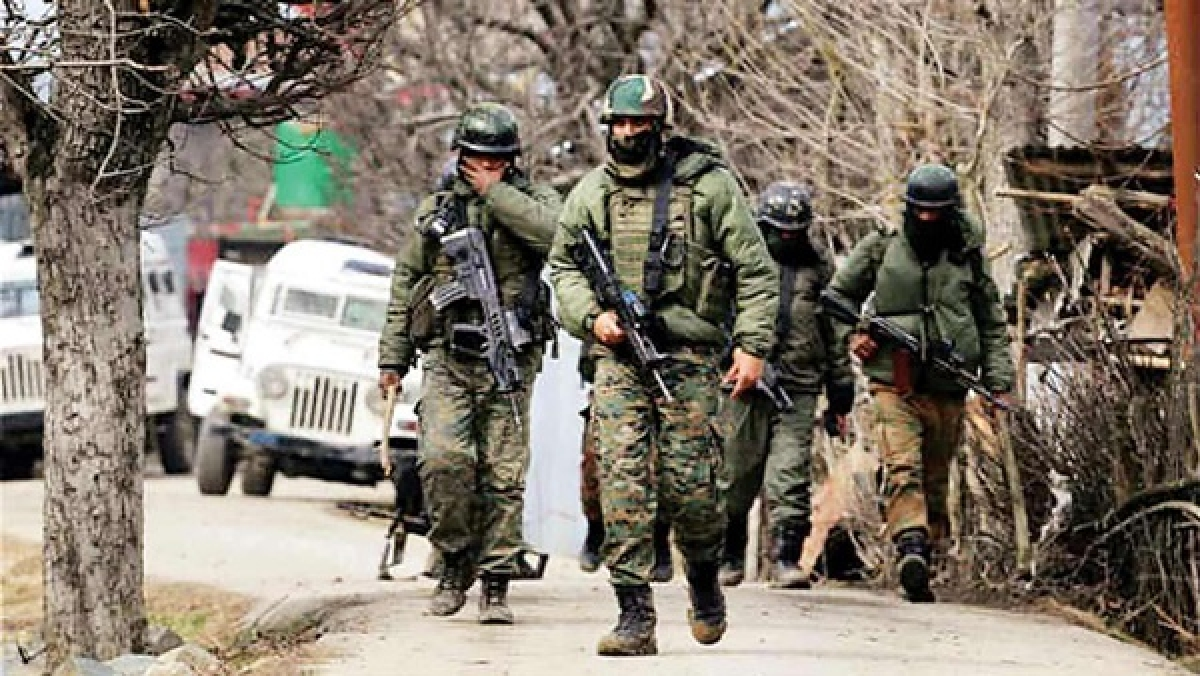 300 terrorists waiting in PoK for intrusion; Army recalibrates