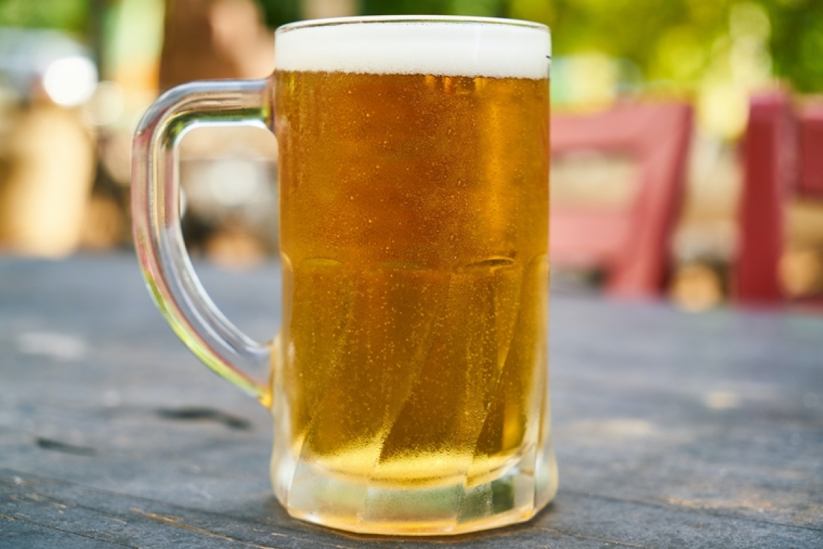 Microbreweries to pour 1 lakh litres of fresh beer down the drain, netizens ask 'which one'?