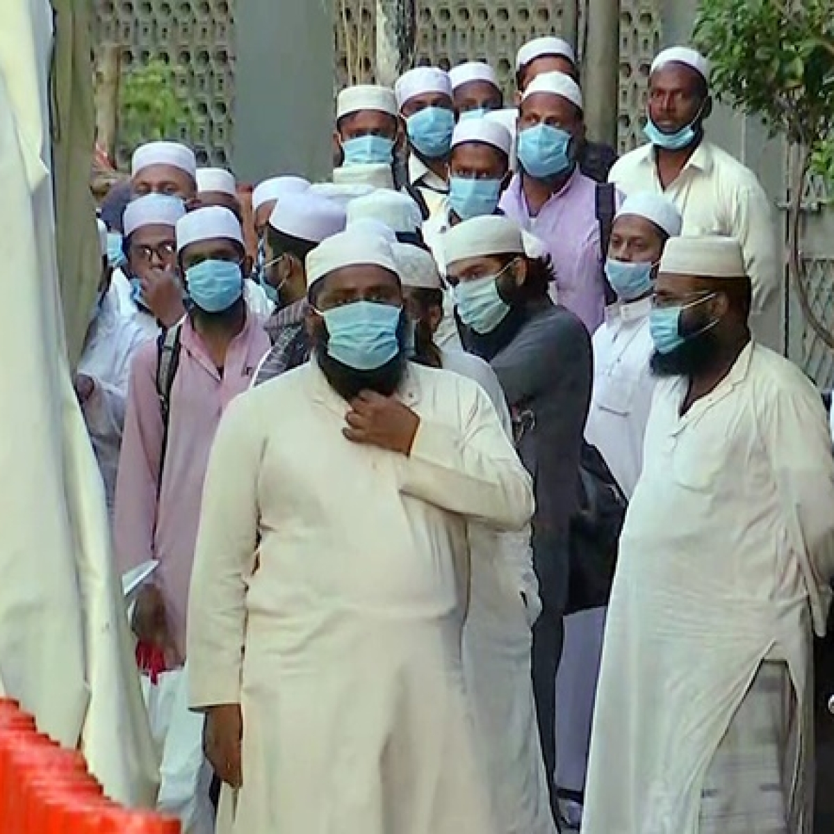 Two Tablighi Jamaat members defecate in corridor at quarantine centre in Delhi, FIR registered