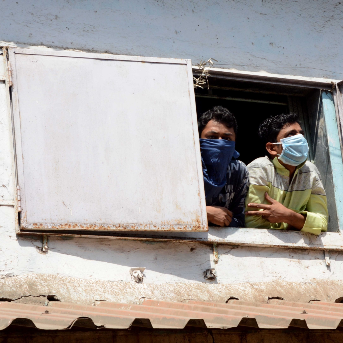 Wedding deferred as Kalina bride's hsg society denies entry to Dharavi groom, parents