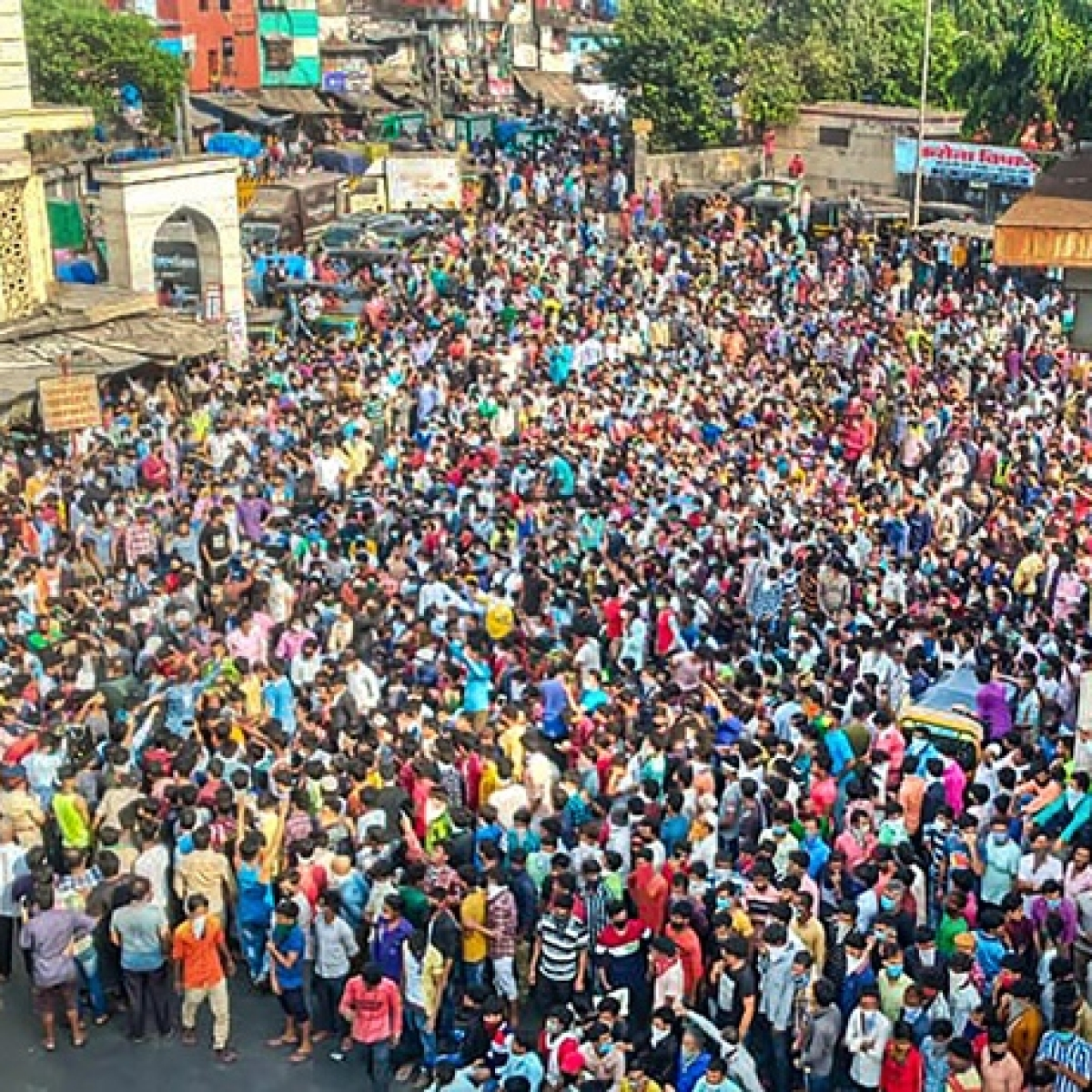 How Bandra and Surat incidents show that both State and Centre have failed to care about migrants