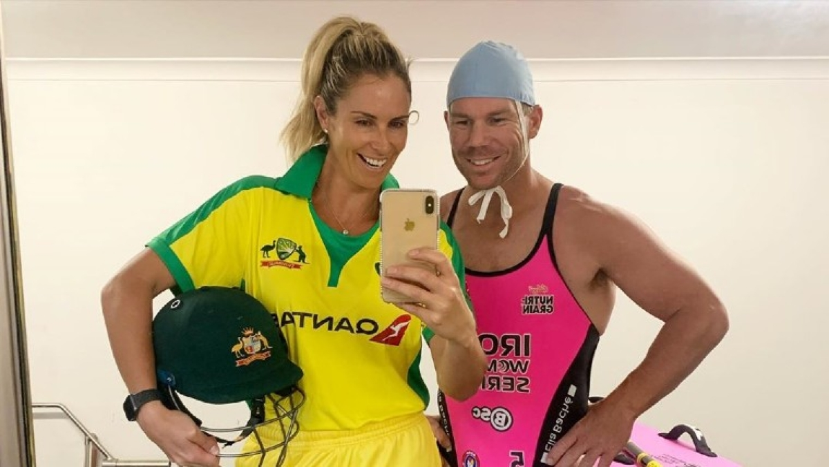 'Part-time TickToker' David Warner sizzles in pink swimsuit with wife Candice