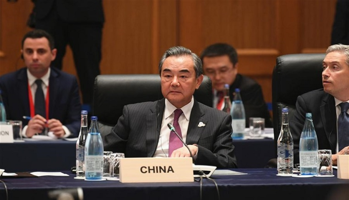 Chinese FM calls for adherence to multilateralism, solidarity in fight against COVID-19