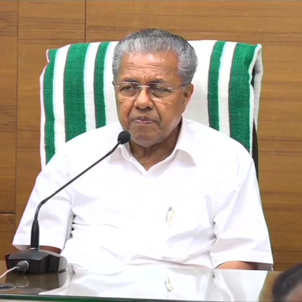Kerala: Plea in SC against physical swearing-in ceremony of Pinarayi Vijayan govt amid COVID-19