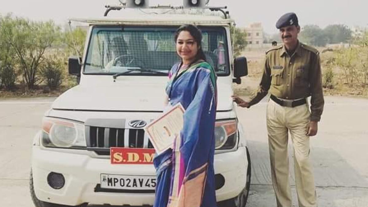 Madhya Pradesh: Badnawar SDM ordered cops to thrash us, allege corona warriors